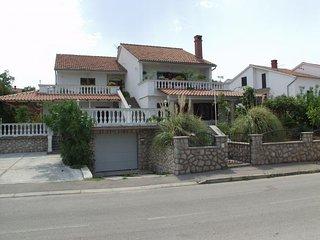 Appartamenti sulla isola di Krk, Croazia - Njivice vacation rentals
