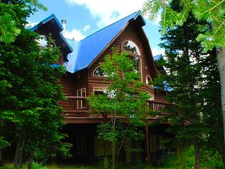 Beautiful, Sunny & Spacious Ski in, Ski out Cabin with Pool & Jacuzzi Access - Brian Head vacation rentals