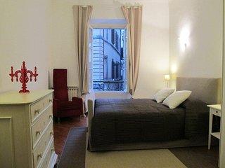 Pasquino Apartment - Piazza Navona - Rome vacation rentals