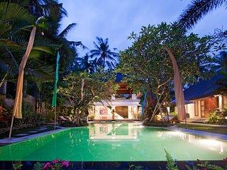 Two Bedrooms Villa close to surving beach - Medahan vacation rentals