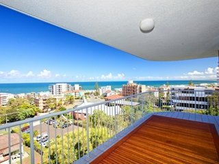 Aurora Pacific unit 8 Kings Beach QLD - Kings Beach vacation rentals