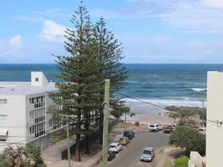 Linden Terrace Unit 8 Kings Beach QLD - Kings Beach vacation rentals