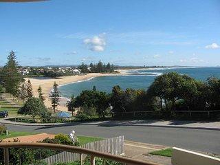 Sea Crest Unit 2 Moffat Beach QLD - Dicky Beach vacation rentals