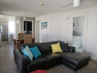 Caribbean Unit 4 Kings Beach QLD - Kings Beach vacation rentals