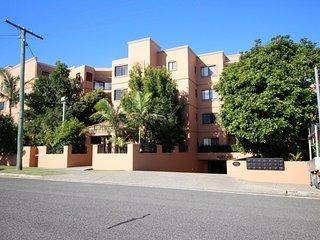 Atrium Apartments Unit 20  Golden Beach QLD - Golden Beach vacation rentals