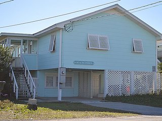 BeachComber - Stellar Oceanfront View, Fantastic Location, Charming Character - Topsail Beach vacation rentals