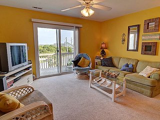 C-Notes - Turtle Cove 223 - Water View, Community Pool, Beach Access, Near Ocean - Surf City vacation rentals