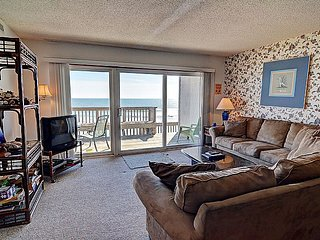 Queen's Grant D-113 - Oceanfront, Pool, Hot Tub, Boat Access - Topsail Beach vacation rentals