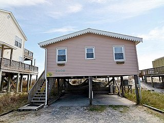 Tan-N-Sand - Entrancing Oceanfront View, Traditional Beach Cottage, Pet Friendly - Surf City vacation rentals