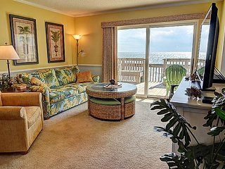 Queen's Grant A-102 -  Oceanfront, Pool, Hot Tub, Boat Ramp & Dock - Topsail Beach vacation rentals