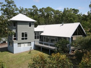 THE RETREAT BUSHLAND LODGE - Vacy vacation rentals