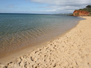 Lovely 2 bedroom Condo in Mornington with Television - Mornington vacation rentals