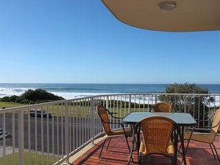 2 bedroom Condo with Private Outdoor Pool in Yamba - Yamba vacation rentals