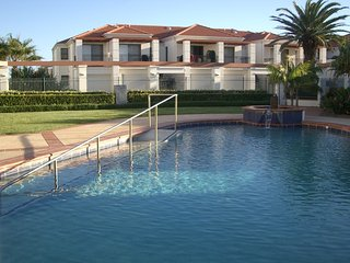 3 bedroom Condo with Private Outdoor Pool in Yamba - Yamba vacation rentals