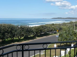 3 bedroom Apartment with Private Outdoor Pool in Yamba - Yamba vacation rentals