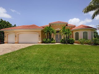 Holiday Villa Coral Cove incl. boat in Cape Coral - Cape Coral vacation rentals