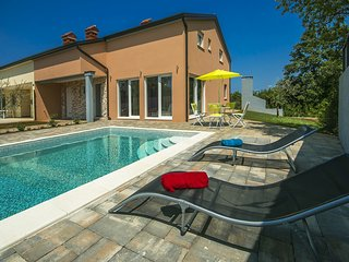 Newly built Villa Ivona with Pool near Porec - Porec vacation rentals