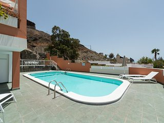 Comfortable 1 bedroom Condo in Puerto de Mogan - Puerto de Mogan vacation rentals