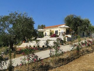 Ferienhaus Nora, Pool, Strand & Naturschutzgebiet - Acharavi vacation rentals