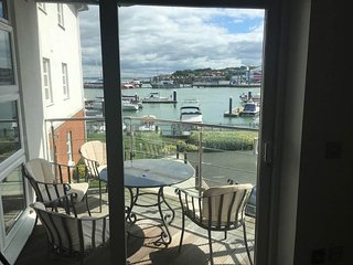 2 Bedroom Aparment, Cowes, Isle of Wight - Cowes vacation rentals