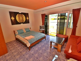 Patong Beach Homestay R2 |Superior room | - Patong vacation rentals