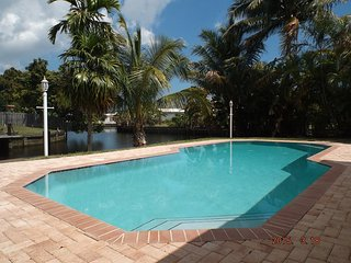 Waterfront House near Beaches private pool & dock - Fort Lauderdale vacation rentals