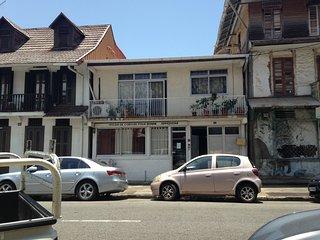 "BEL APPARTEMENT AU COEUR DE CAYENNE ""NARCISSE"" - Cayenne vacation rentals"