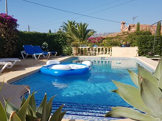 Villa with private pool 800m from sea - Calpe vacation rentals
