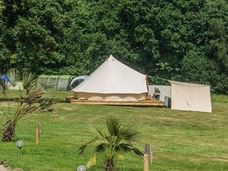 Beautiful 1 bedroom Tented camp in Pett - Pett vacation rentals