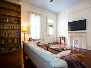 A Huge Garden District Gorgeously Renovated 1000sf - New Orleans vacation rentals