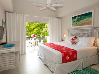 SWEETSPOT STUDIO, Rockley, Barbados, Near Beach *free wine/welcome basket!* - Rockley vacation rentals