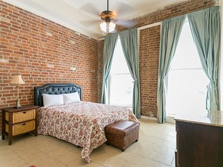 Iberville Apartments, Suite 206 - New Orleans vacation rentals