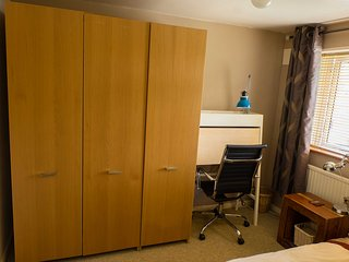 1 bedroom Private room with Central Heating in Canterbury - Canterbury vacation rentals
