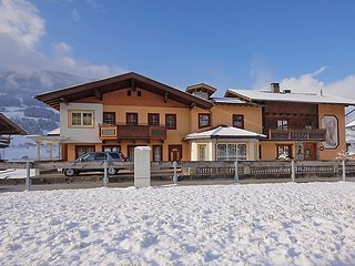 3 bedroom Apartment in Kaltenbach, Zillertal, Austria : ref 2295408 - Stumm vacation rentals