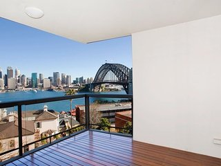 THE KIRRIBILLI - Contemporary Hotels - Kirribilli vacation rentals