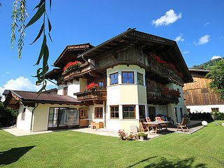 4 bedroom Apartment in Kaltenbach, Zillertal, Austria : ref 2369238 - Stumm vacation rentals