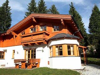 Comfortable 4 bedroom Chalet in Almdorf Konigsleiten - Almdorf Konigsleiten vacation rentals