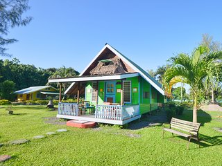 2 bedroom House with Deck in Maharepa - Maharepa vacation rentals