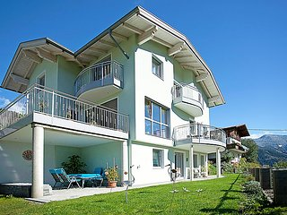Comfortable House with Internet Access and Television - Fliess vacation rentals