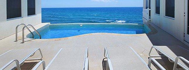 Villa Bliss 1 Bedroom SPECIAL OFFER Villa Bliss 1 Bedroom SPECIAL OFFER - Dawn Beach vacation rentals