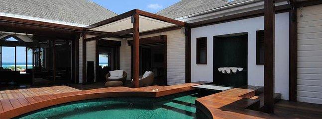 Villa La Plage 4 Bedroom SPECIAL OFFER Villa La Plage 4 Bedroom SPECIAL OFFER - Lorient vacation rentals