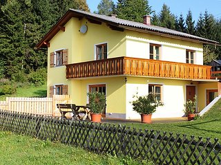 Comfortable 3 bedroom House in Untergreutschach - Untergreutschach vacation rentals