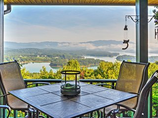 NEW!'Chatuge Overlook' 3BR Hiawassee House w/ Spectacular Views - Hiawassee vacation rentals