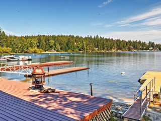 NEW! 2BR Newport Cabin w/ Lakefront Private Porch! - Newport vacation rentals