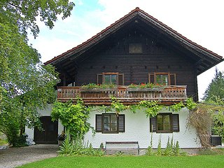Sunny 3 bedroom Chalet in Strobl - Strobl vacation rentals