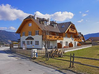 Comfortable House with Internet Access and Television - Sankt Margarethen im Lungau vacation rentals