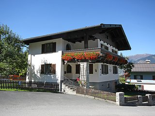5 bedroom Villa in Kaprun, Salzburg, Zell am See District, Austria : ref 2300656 - Kaprun vacation rentals