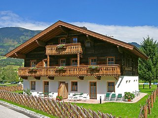 Nice 2 bedroom Farmhouse Barn in Hollersbach im Pinzgau - Hollersbach im Pinzgau vacation rentals