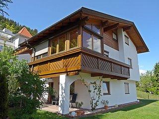 Comfortable 2 bedroom House in Oberperfuss - Oberperfuss vacation rentals
