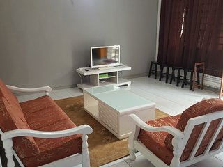 Anjung No 1 Bed and Breakfast KLIA - Banting vacation rentals